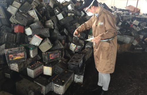 Boom im Schatten von Lithium: Bleibatterien und deren Folgen für Menschen in Entwicklungs- und Schwellenländern