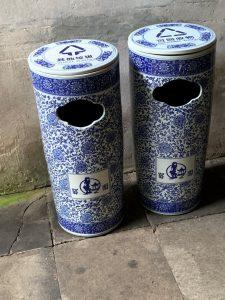 Abfallbehälter in Suzhou und in Shanghai, Quelle: Öko-Institut