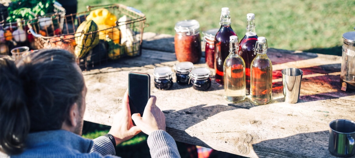 Lebensmittel im Internet kaufen - aber nachhaltig. Quelle: Öko-Institut/Plainpicture