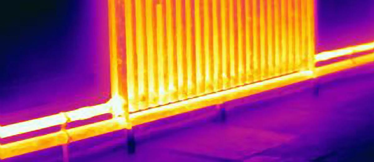 Wärmebild einer alten Heizung. Neue braucht die Wärmewende. Quelle: Plainpicture